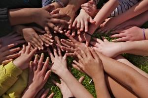 Precisamos de voluntári@s para o Oikos Desafio 100!