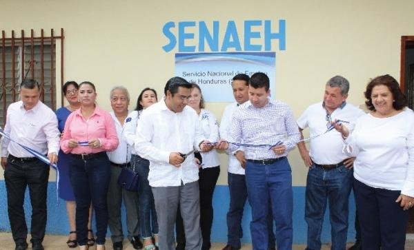 Maior integração laboral de mulheres e jovens com escritório regional de emprego das Honduras