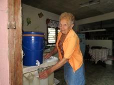 2,2 mil milhões de pessoas não têm acesso a água potável, é preciso atuar com urgência. E fechar a torneira!