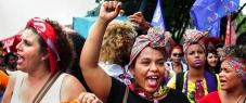 Time is now! No Dia Internacional da Mulher ativistas de todo o mundo lutam pelos direitos das mulheres