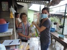 Acção de emergência da Oikos em El Salvador para famílias afetadas pela crise COVID-19