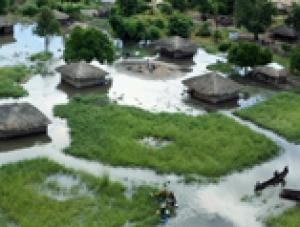 Emergencia en Mozambique: Inundaciones de 2008
